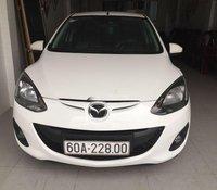 Bán xe Mazda 2 sản xuất năm 2015, màu trắng, 360 triệu