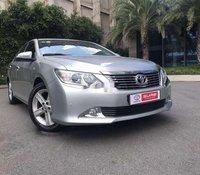 Cần bán xe Toyota Camry 2013 còn mới, giá 720tr