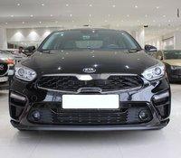 Cần bán gấp Kia Cerato 1.6AT Deluxe 2019, màu đen còn mới, 615 triệu