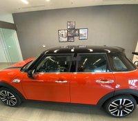 Cần bán Mini Cooper năm sản xuất 2019, hai màu, xe nhập
