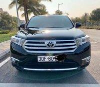Cần bán xe Toyota Highlander đăng ký 2010, xe gia đình, giá tốt 938 triệu đồng
