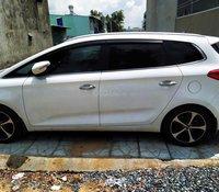 Ô tô Kia Rondo 2016 màu trắng, xe nhà đi giữ gìn rất cẩn thận, bao zin, bảo trì bảo dưỡng liên tục