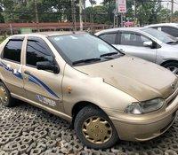 Bán xe Fiat Siena sản xuất 2001, màu vàng, xe nhập