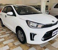 Bán Kia Soluto 1.4 MT Deluxe sản xuất 2019, màu trắng còn mới