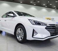 Bán xe Hyundai Elantra 1.6 AT sản xuất năm 2020, màu trắng, giao xe nhanh