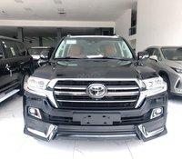 Hỗ trợ giao xe nhanh tận nhà với chiếc Toyota Land Cruiser VXR MBS, sản xuất 2020