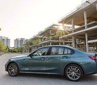 Bán BMW 3 Series 320i Sport Line Plus đời 2020, màu xanh lam, xe nhập