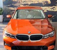 Cần bán xe BMW 320i đời 2019, nhập khẩu nguyên chiếc