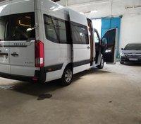 Hyundai Solati Limousine bản thương mại 12 ghế