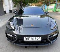 Bán xe Porsche Panamera đời 2017 mới 95% giá chỉ 7 tỷ 500 triệu đồng