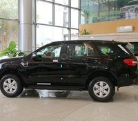 Ford Everest số tự động 1 cầu tặng 100% trước bạ, giao xe ngay, vay trả góp 90%