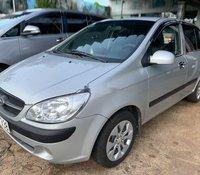 Bán xe Hyundai Getz sản xuất 2010, màu bạc còn mới