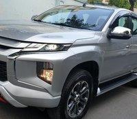 Bán Mitsubishi Triton Mivec 2 cầu số tự động dầu 2.5 nhập khẩu bạc đẹp mới 95%