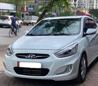 Bán Hyundai Accent 1.4 AT đời 2014, màu trắng, xe nhập, đi êm ru