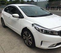 Bán ô tô Kia Cerato 1.6MT đời 2018 còn mới, giá 455tr