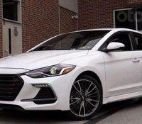 Bán nhanh với chiếc Hyundai Elantra Sport đời 2020, giao xe nhanh tận nhà