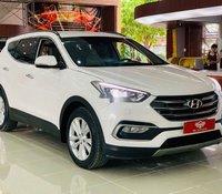 Bán ô tô Hyundai Santa Fe sản xuất năm 2018, màu trắng, 885tr
