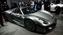 Chiếc siêu xe Porsche 918 Spyder cuối cùng xuất xưởng