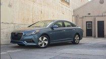 Hyundai Sonata Hybrid 2016 hé lộ giá bán