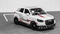 Mô hình thu nhỏ của Audi Q2 được trang bị hệ thống đỗ xe tự động