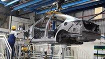 Hơn nửa thế kỷ 'đi đường vòng' của ngành công nghiệp ô tô Việt