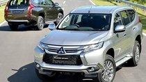 Xe ế Mitsubishi Pajero và Outlander Sport đang trốn tránh dư luận?