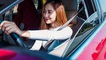 Phụ nữ đi xe gì là hợp nhất?