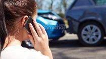Nên làm gì khi gặp một vụ tai nạn ô tô?