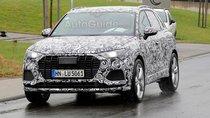 Mẫu xe hiệu suất cao Audi SQ3 2020 khoe bánh, chạy thử dưới mưa