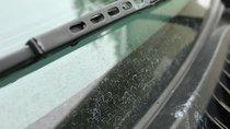 Nguyên nhân và cách xử lý hiện tượng ố mốc trên kính xe hơi