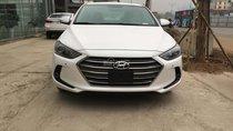 Cần bán xe Hyundai Elantra 2.0L AT đời 2017, màu trắng, giá cạnh tranh giao xe ngay