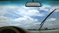 Khi nào cần thay gạt nước trên ô tô?