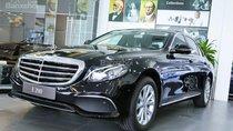 Bán xe Mercedes E200 màu đen, giá tốt, giao xe ngay