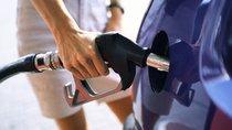 Vì sao bạn nên lái xe tiết kiệm xăng?