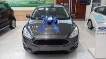 Bán xe Ford Focus Trend & Titanium 1.5L AT 2018 - KM: BHVC, phim, LH ngay 0935.437.595 để được tư vấn về xe