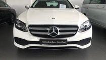 Bán Mercedes Benz E250 trắng - Xe chạy lướt - Giá mềm- LH 0919 528 520