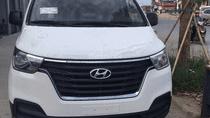 Bán Hyundai Starex năm 2018 màu trắng, giá 745 triệu,xe nhập