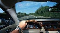 Kinh nghiệm lái xe ô tô an toàn trong tháng cô hồn