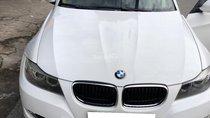 Hết tiền bán BMW 320i, đăng ký 12/2009, màu trắng, tinh đẹp lung linh