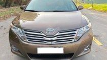 Bán Toyota Venza 3.5 V6 AT đời 20110 nhập Mỹ, màu nâu vàng, biển Hà Nội