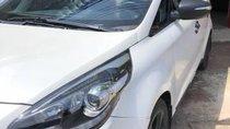 Cần bán xe Kia Rondo AT đời 2015, màu trắng