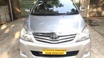 Cần bán xe Toyota Innova 2.0 G đời 2010, màu bạc, 445tr