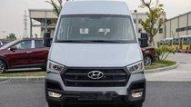 Cần bán Hyundai Solati 2018, màu bạc
