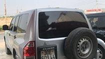 Cần bán gấp Mitsubishi Pajero năm 2004 màu bạc, giá tốt nhập khẩu 230tr