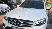 Cần bán xe Mercedes GLC300 4matic 2016, màu trắng