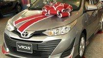 Bán Toyota Vios 2018, màu vàng, giá tốt