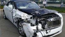 Siêu xe Rolls-Royce bị bẹp đầu vẫn tự tin hét giá hơn 2,1 tỷ đồng