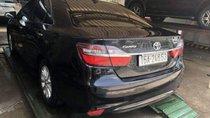 Cần bán xe Toyota Camry 2.0 năm 2016, màu đen chính chủ