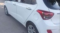 Cần bán Hyundai Grand i10 sản xuất 2015, màu trắng