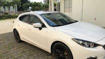 Cần bán gấp Mazda 3 2016, màu trắng